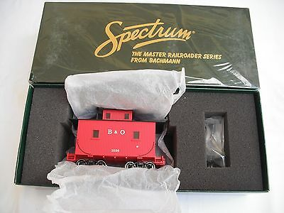 Spectrum 27712 Lighted Interior Caboose, Baltimore and Ohio B&O, On30 Scale