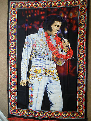 """62""""x39"""" ELVIS FRINGED RUG/WALL HANG/THROW/TABLE CLOTH/BED THROW - USED v g c"""