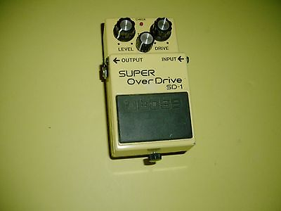 BOSS ® SD-1 ® SUPER Over Drive EFFECTS PEDAL    2