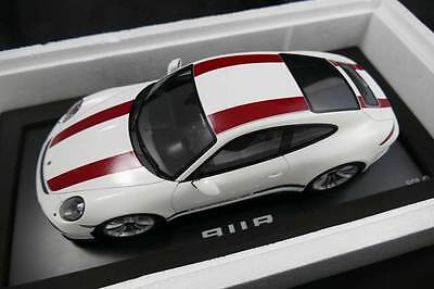 Porsche 911R (991) White and Red - Spark 1:18  New Unopened