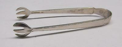 Vintage Old Lace Sterling Silver Sugar Cube Tongs ~ 22.4 grams ~ 9-D386