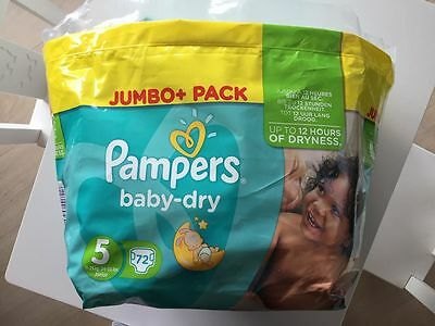 PAMPERS BABY DRY 5 31 pièces  15€