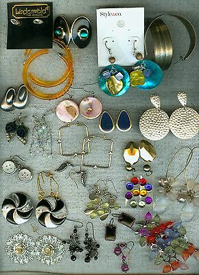 Large Fun Lot of 25 Pairs of Costume Jewelry Pierced Earrings RS Glass Shell ++