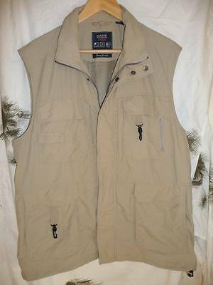 Maine Travel Fishing Multi Pocket Waistcoat. Nylon/mesh Vents. Large. New
