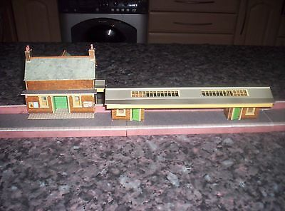 superquick country station ready made oo gauge