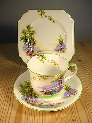 """Aynsley """"Bluebell Time"""" Trio for H.M. The Queen"""