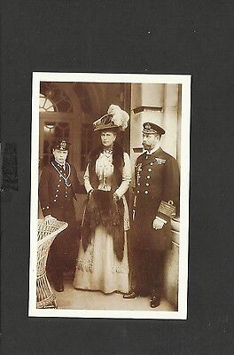 Nostalgia Postcard King George V-Queen Mary-with the Prince of Wales