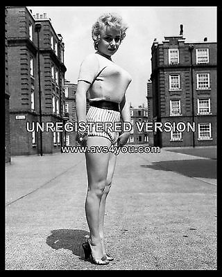 """Barbara Windsor Carry On Films 10"""" x 8"""" Photograph no 117"""