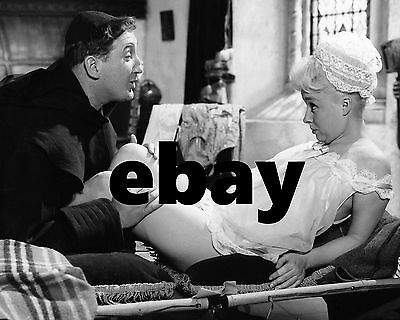 """Barbara Windsor Carry On Films 10"""" x 8"""" Photograph no 85"""
