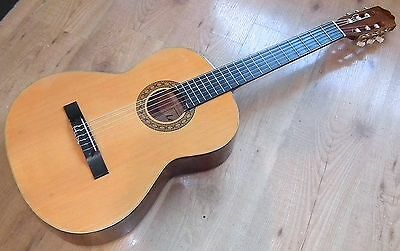Vintage Leonora Classical Acoustic Starter Guitar, Full Size Right Handed