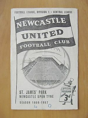 NEWCASTLE UNITED v BOLTON WANDERERS 1956/1957 *VG Condition Football Programme*