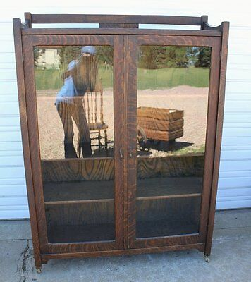 Antique Mission Arts & Crafts Quarter Sawn Oak Bookcase Cabinet w Key Vintage