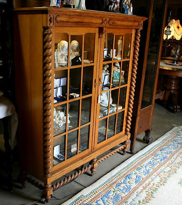 SOLID OAK 2 Door Bookcase Barley Twist Pillars Rope Columns Antique Showcase