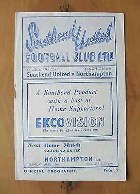 SOUTHEND UNITED v NORTHAMPTON TOWN 1949/1950 *VG Condition Football Programme*
