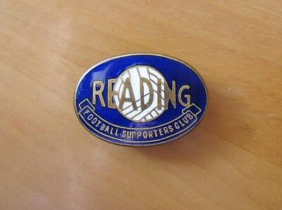READING - Superb Vintage Supporters Club Enamel Football Pin Badge