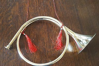 Vn72 - Round Brass Hunting Horn, Red Cord & Tassel - Christmas, Football, Parade