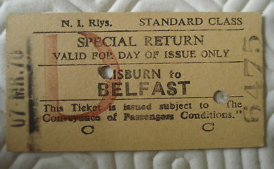 Vintage special return rail ticket from Lisburn to Belfast (March 1970)
