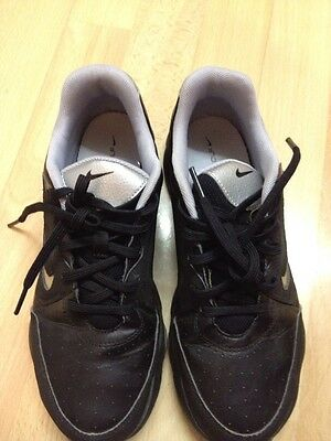 Nike Golf Ladies Shoes Size 4,5