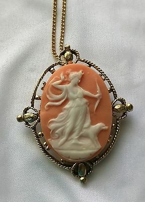 Vintage Greek Goddess Diana Cameo Necklace Brooch Pendant neat 4 hearts setting