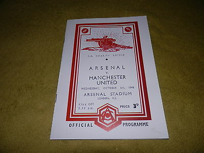 Arsenal v Manchester United in 1948 FA Charity Shield at Highbury - Reprint