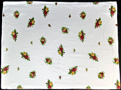 "OLD COUNTRY ROSES OBLONG WHITE TABLECLOTH, VGC, 102x89cm (40x35"") ROYAL ALBERT"