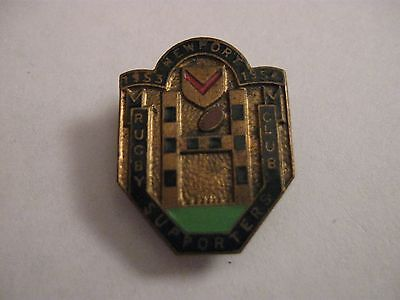 Rare Old 1953-1954 Newport Rugby Football Club (Cs) Enamel Buttonhole Badge