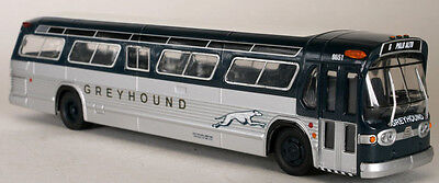 Corgi 1:50 Scale fishbowl model bus -Greyhound- new looks New in box!