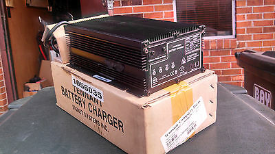 Tennant 1059522/1056035/1073177 Signet-Hb 300-24,24V 10A T3 Ss3 Battery Charger