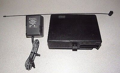 Motorola NYN8348A Amplified Pager Charger with VHF Antenna for Minitor III IV