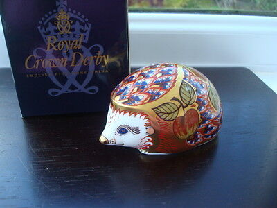 Boxed Royal Crown Derby Orchard Hedgehog Paperweight Gold Stopper 1st Quality