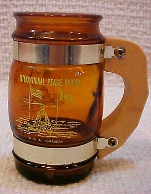 "Old 3.5"" tall North Dakota Peace Garden Brown Glass Mug w Wood Handle FREE S/H"