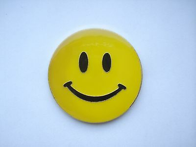 ACID HOUSE SMILEY FACE RAVE MUSIC VINTAGE 1980s NEW BIG RARE PIN BADGE SALE 99p