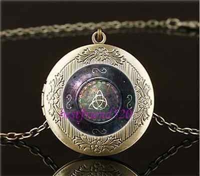 Vintage Celtic Shield Photo Cabochon Glass Brass Locket Pendant Necklace