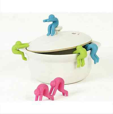2X Silicone Little Men Spoon Rest Pot Clip Gadget Home travel Kitchen Tool BY76