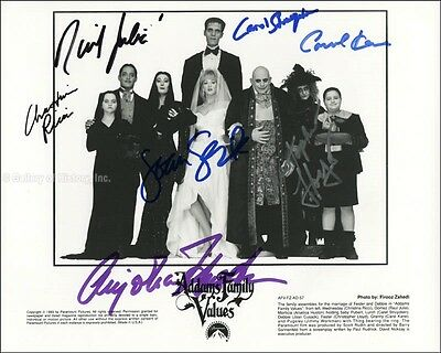 Addams Family Values Movie Cast - Photograph Signed With Co-Signers