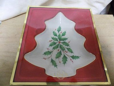 "Vintage Candy Dish~New In Box~Lenox~Holiday Tree Dish~Holly & Berry~7.5"" Long"