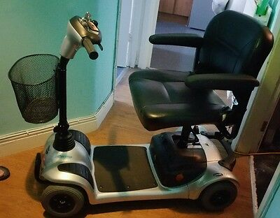 INVACARE LYNX BOOT MOBILITY SCOOTER. GOOD LITTLE RUNNER WITH NEW BAGS, COVER etc
