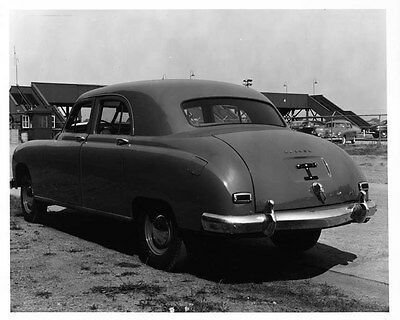 1948 Kaiser Sedan ORIGINAL Factory Photo oad9587