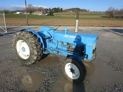 1963 Fordson Super Dexta Antique Tractor, 45 Hp Diesel, Rear Fenders, 5253 Hours