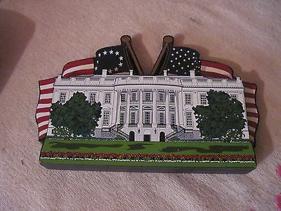2001 Shelia 3D Wooden Replica of the White House with Flags, Very Decorative