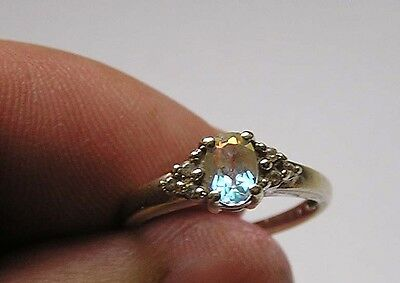 12 ct white gold vintage ring 2.02 g with 6 small diamonds