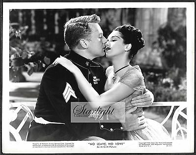 Pat Kirkwood Van Johnson LOT 3 ORIGINAL 1946 Photos No Leave No Love