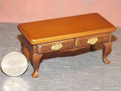 Dollhouse Miniature Coffee Table Mahogany 1:12 one inch scale F58 Dollys Gallery