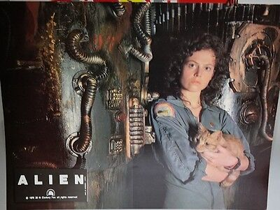 ALIEN 1979: French Promo mini Poster Sigourney Weaver with cat 27cm x 21cm