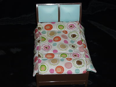 Fisher Price Loving Family Dollhouse Bedroom Parent Double Bed Blanket Spots