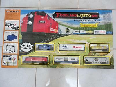 FOODLAND EXPRESS 2000 Series 2 Train Set HO Gauge New Factory Sealed! RARE!