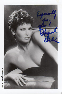 Raquel Welch Large 7x5 Undedicated Mint Large Hand Signed Photo