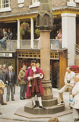 The Chester Town Crier Mint 1970s Postcrd