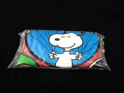 """New Sealed """"Peanuts Celebration!"""" Inflatable Chair - Charlie Brown & Snoopy"""