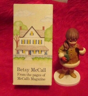 Betsy Mccall Figurine Doll Most Christmas December  # 1063